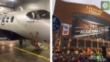 Sporcuları taşıyan uçak düştü!
