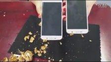 Samsung Galaxy S6 İle Ceviz Kırdılar