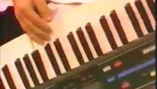 Roger Meno - Find The Way