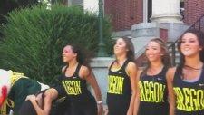 Gangnam Style Parodisi - The Oregon Duck