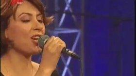 Ezginin Günlüğü - Leyla (Canlı Performans)