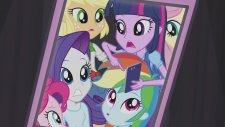 Equestria Girls Rainbow Rocks Hep Bir Aradayız Müzik Klibi