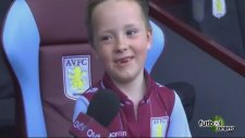 6 yaşında Aston Villa'nın başına geçti!