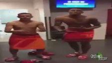 Boateng ve Rafinha'dan çılgın galibiyet dansı