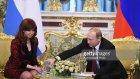 Vladimir Putin Cristina Fernandez'in Suyunu Doldurdu