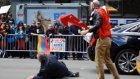 Azeri Genç Türk Bayrağını Ermenilerden Kurtardı