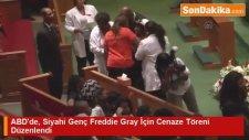 ABD'de, Siyahi Genç Freddie Gray İçin Cenaze Töreni Düzenlendi