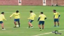 Osvaldo takım ardakaşını fena avladı