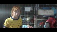 Pojken Med Guldbyxorna (2014) Fragman