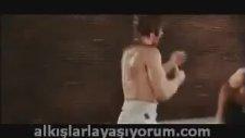 Bruce Lee Chuck Norris Kapışması