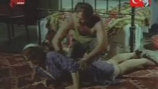 Firar Filmi Masaj Sahnesi (Mutlu Sonlu)