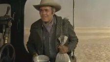 Terence Hill, Henry Fonda, Kuru Fasülye ve Tren