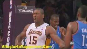 Basket Sevinci İle Kafa Kırmak / Ron Artest (Metta World Peace)