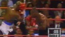 Mike Tyson - Sinirden Rakibin Kulağını Isırmak