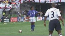 Ronaldinho'nun İngiltere'ye Attığı Frikik Golü - 2002 Dünya Kupası
