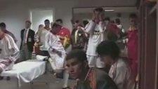 Uefa Finali Öncesi Soyunma Odası - Galatasaray