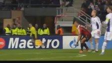 Ceza Sahası Dışından Rövaşata Golü 2 - Philippe Mexes