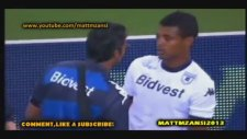 Futbol Maçında Yumrukla Rakibini Nakavt Etmek