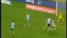Penaltıda Atlayacağı Köşeyi Gösterip Golü Çıkarmak