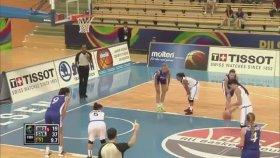 Toplu Halde Akıl Tutulması Yaşayan Kadın Basketbolcular