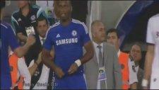 Yardım Maçında Drogba'yı Islıklayan Fenerbahçe Taraftarı