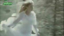 Zombi Faruk Peker ve Corpse Bride Banu Alkan