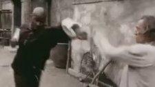 Kill Bill'in Silinen Sahnesi (+18)