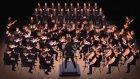 Tek Başına Çaldığı Enstrümanlarla 70 Kişilik Orkestra Kuran Adam