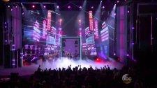 Nicki Minaj & David Guetta - The Night Is Still Young & Hey Mama (Billboard Music Awards 2015)