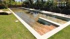 Yükselip Alçalarak Ortandan Kaybolan Yüzme Havuzu