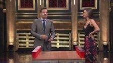 Miranda Kerr ile Bardak Çevirmece