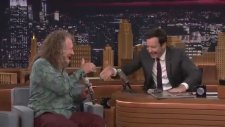 Jimmy Fallon ve Robert Plant'in iPad Aplikasyonu Kullanarak Müzik Yapması