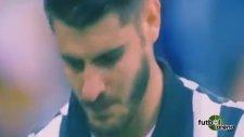 Alvaro Morata'ya kafa!