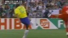 Türkiye 1 - 2 Brezilya (2002 Dünya Kupası)