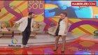 Azeri Şarkıcı, Dansını Abartınca Göğsü Açıldı