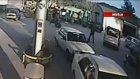 Ambulans şoförü pompacıya kafa attı