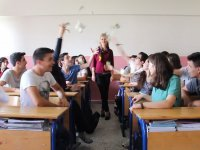 Fatin Rüştü Zorlu Anadolu Lisesi (Oğuzhan Uğur - Soğan Ekmek)