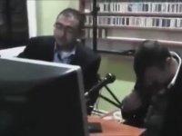 Radyo Programında Duygulanan Azer Bülbül