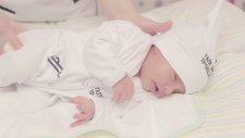 Yenidoğan Bebeğin Gazının Alınması