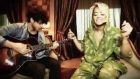 Rita Ora - King (Akustik)