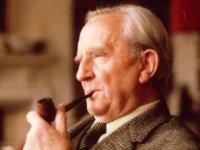 Tolkien'den Cüce Şarkısı - Chip The Glasses And Crack The Plates