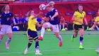 Kadınlar futbol maçında skandal!