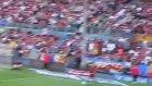 Messi ve Daniel Alves şov yaptı