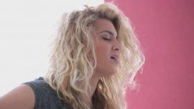 Tori Kelly - Bottled Up (Canlı Performans)