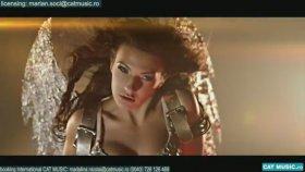 Andreea D - Free -