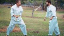 Aşırı Eğlenceli Stop Motion Karate Gösterisi