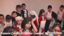 Zübeyde Hanım İlkokulu 2015 Yılsonu Gösterisi 1 (Gririş İntro)