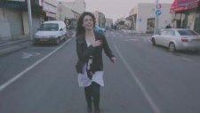 Riff Cohen - Dans Mon Quartier (1080p Türkçe Altyazılı Klip)
