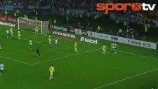 Lionel Messi'den enfes hareketler!
