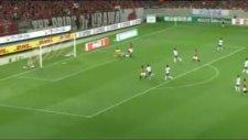 Urawalı oyunculardan ilginç gol sevinci!